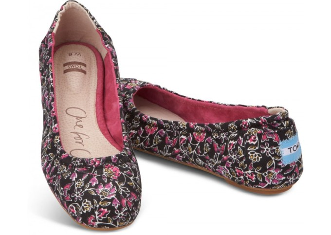 Toms Black Floral ballet flats ... I love, Love, LOVE these!